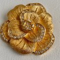 Dior Matte Brushed Gold Tone 3D Flower Crystals Rhinestone Brooch Pin Image 2