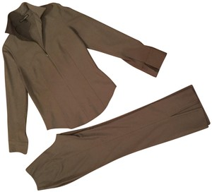Donna Degnan Donna Deanna Stretch Imported Fabric Pant suit Size 4 pants, 6 top