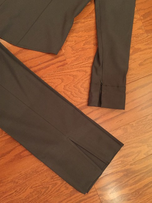 Donna Degnan Donna Deanna Stretch Imported Fabric Pant suit Size 4 pants, 6 top Image 4