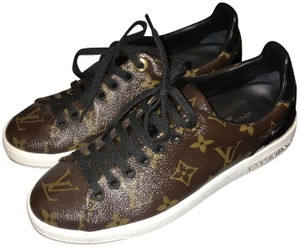 21704eb4a9b8 Louis Vuitton Shoes on Sale - Up to 70% off at Tradesy