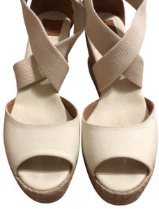 Tory Burch creme Wedges