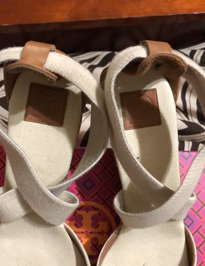 Tory Burch creme Wedges Image 2