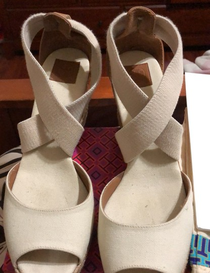 Tory Burch creme Wedges Image 9