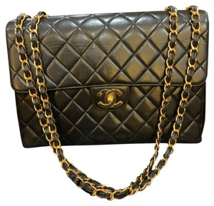 5a7e867b4046 Black Lambskin Leather Chanel Shoulder Bags - Over 70% off at Tradesy