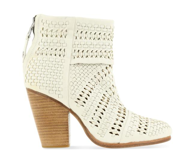 Item - White Woven Leather Boots/Booties Size EU 38.5 (Approx. US 8.5) Regular (M, B)