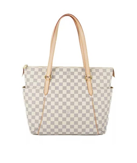 Preload https://img-static.tradesy.com/item/25348316/louis-vuitton-totally-azur-mmreceipt-tote-0-3-540-540.jpg
