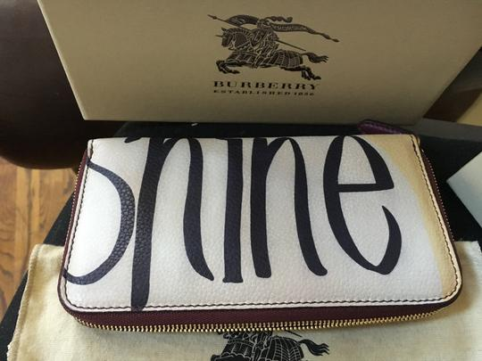 Burberry Burberry Limited Bloomsbury Rain or Shine Floral Wallet Image 5