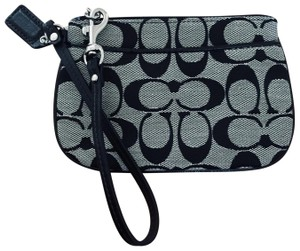 Coach Wristlet in silver grey and black