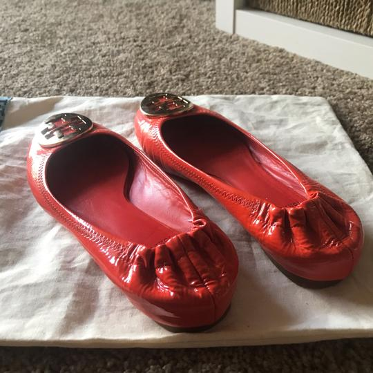 Tory Burch orange and gold Flats Image 4