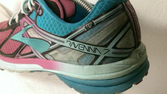 Brooks Ravenna Jogging Running GREEN PINK BLACK Athletic Image 5