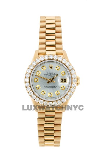 Preload https://img-static.tradesy.com/item/25350570/rolex-silver-dial-18ct-26mm-datejust-18k-gold-presidential-with-box-and-appraisal-watch-0-0-540-540.jpg