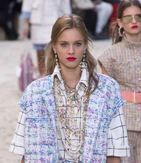 Chanel Chanel 2019 Runway Rainbow Long Earrings Image 6