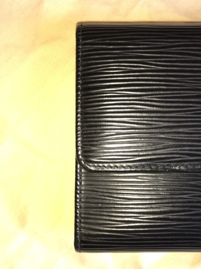 Louis Vuitton Epi Leather Wallet Image 6