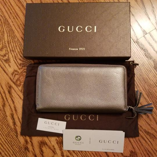 Gucci Gucci Soho Leather Zippy Zip Around Wallet Image 1