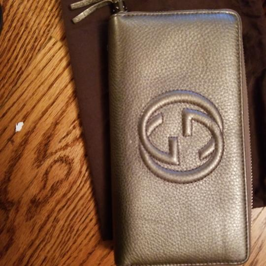 Gucci Gucci Soho Leather Zippy Zip Around Wallet Image 8