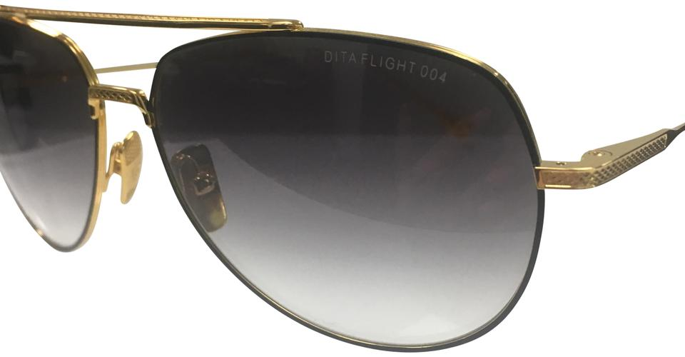 a072171dd4fdc Women s Sunglasses - Up to 70% off at Tradesy (Page 4)