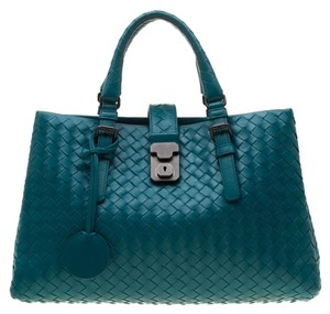 Bottega Veneta Leather Tote in Blue