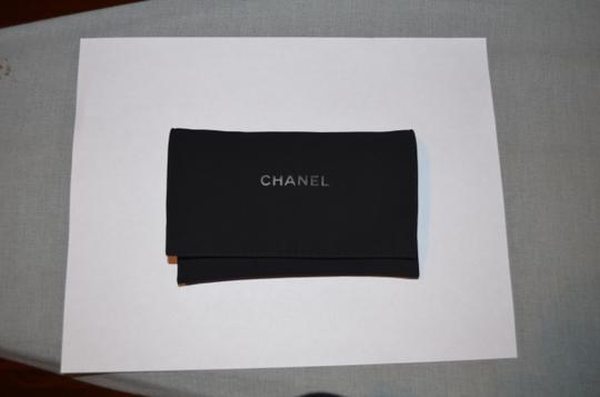Chanel LEATHER CHAIN PEARL CIRCULAR STATEMENT EARRINGS Image 6