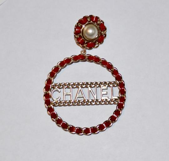 Chanel LEATHER CHAIN PEARL CIRCULAR STATEMENT EARRINGS Image 1
