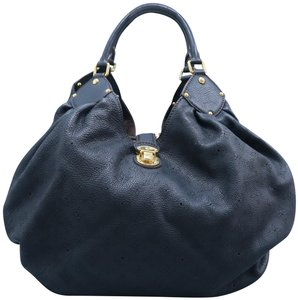 Louis Vuitton Mahina Calfskin Tote in Black