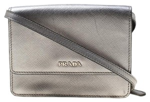 536b39a632e4 Silver Leather Prada Bags - 70% - 90% off at Tradesy