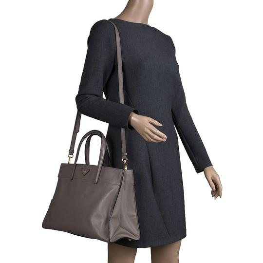 Prada Leather Tote in Beige Image 2