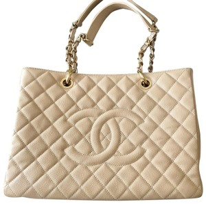 6078f8840663f2 Beige Chanel Totes - Over 70% off at Tradesy