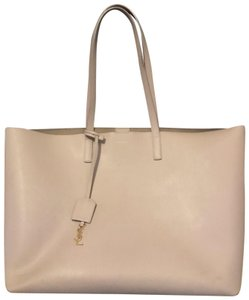 Saint Laurent Tote in blush/light pink