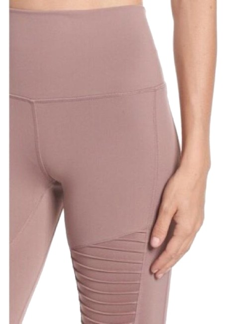 Item - Pink Yoga High Waist Moto New with Tags Activewear Bottoms Size 14 (L, 34)