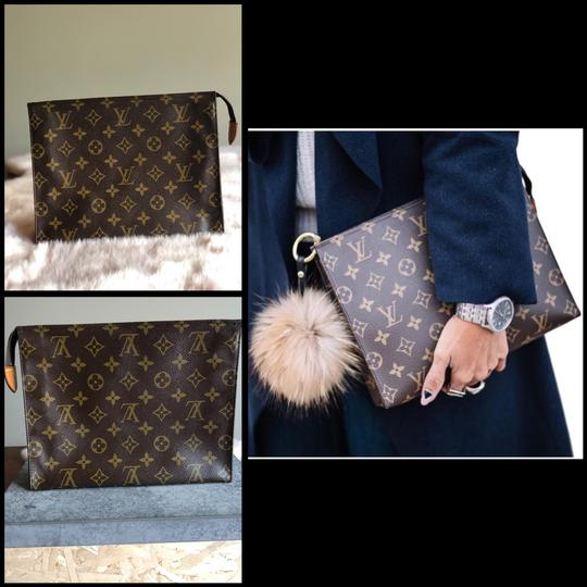 Louis Vuitton Clutch Image 5