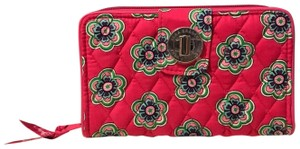 Vera Bradley Vera Bradley Turnlock wallet in Pink Swirls Flowers