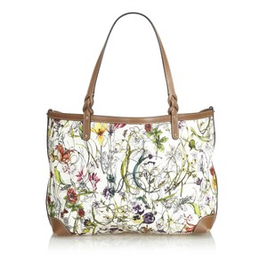 cf74f472188849 Gucci Flora Collection Bags - Up to 70% off at Tradesy