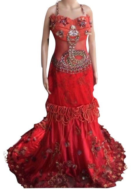 Item - Red Long Formal Dress Size 8 (M)