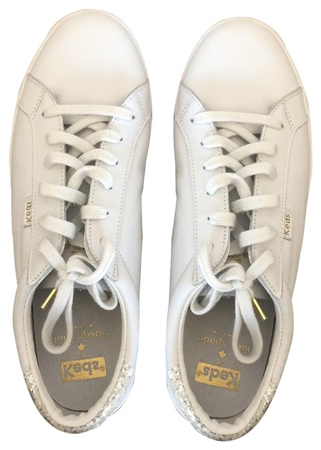Item - White Ace Sneakers Size US 9 Regular (M, B)
