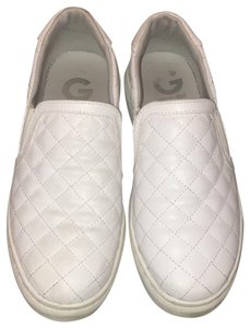 Guess Quilted Sneakers Diamond Print Stitched White Athletic
