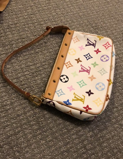 Louis Vuitton Baguette Image 1