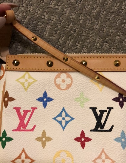 Louis Vuitton Baguette Image 10