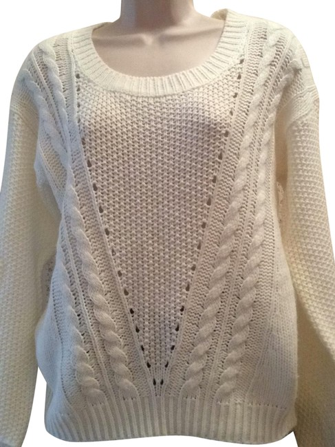 Preload https://img-static.tradesy.com/item/25364897/charlotte-russe-long-sleeves-off-white-sweater-0-1-650-650.jpg