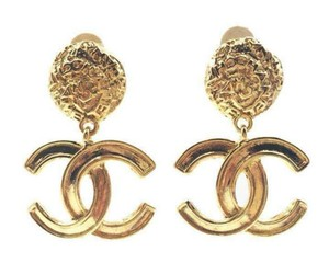 Chanel Chanel Vintage Gold Plated CC Textured Clip on Earrings