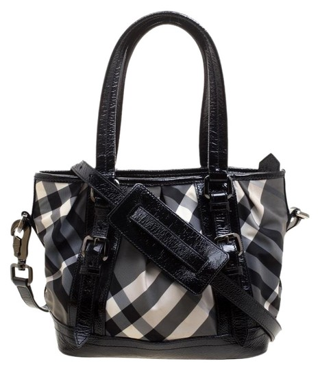 Preload https://img-static.tradesy.com/item/25366196/burberry-and-patent-leather-small-lowry-tote-black-nylon-shoulder-bag-0-1-540-540.jpg