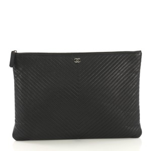 777f7a92b585 Chanel Clutches - Over 70% off at Tradesy