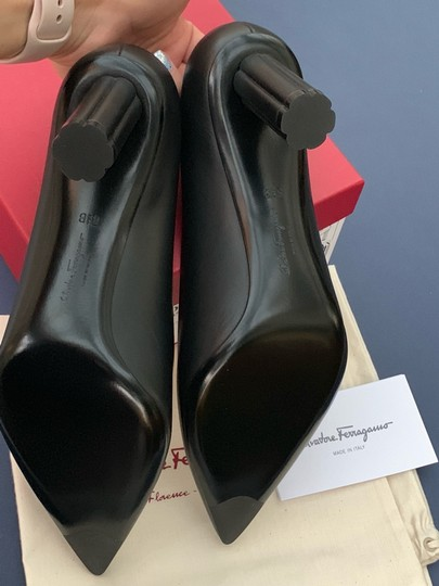 Salvatore Ferragamo black Pumps Image 5