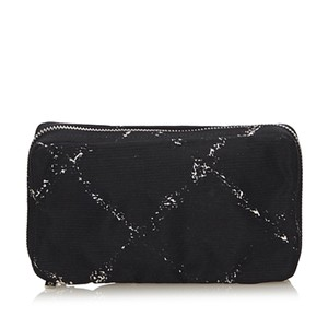 a71e439b0340 Chanel 8achpo001 Vintage Nylon Wristlet in Black. Chanel Fabric Old Travel Line  Pouch ...