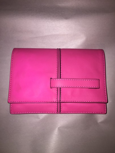 Valentino Rockstud Hands Up Scream Louder Ladies I Cant Hear You Hold On To Your Seat hot pink Clutch Image 1
