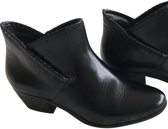 Preload https://img-static.tradesy.com/item/25367549/jack-rogers-black-bootsbooties-size-us-5-regular-m-b-0-2-540-540.jpg