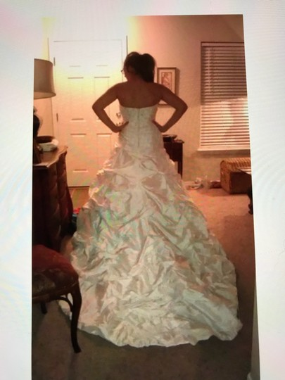 Moonlight Bridal Ivory Taffeta Collection Strapless Never Altered Zip Up Back with Throughout A Traditional Wedding Dress Size 16 (XL, Plus 0x) Image 10