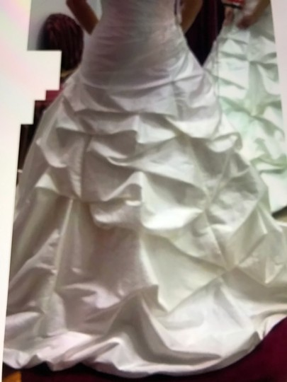 Moonlight Bridal Ivory Taffeta Collection Strapless Never Altered Zip Up Back with Throughout A Traditional Wedding Dress Size 16 (XL, Plus 0x) Image 4