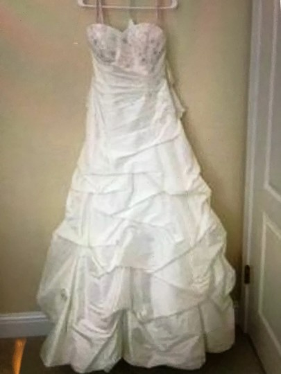 Moonlight Bridal Ivory Taffeta Collection Strapless Never Altered Zip Up Back with Throughout A Traditional Wedding Dress Size 16 (XL, Plus 0x) Image 5