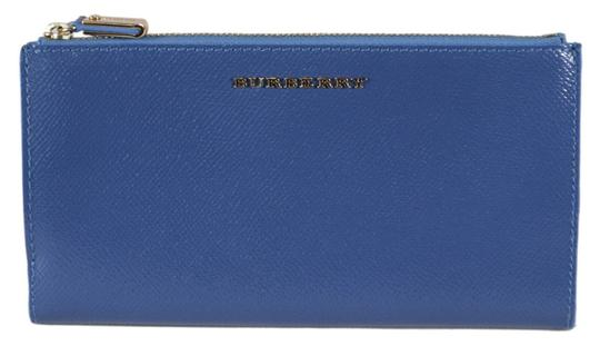 Preload https://img-static.tradesy.com/item/25367629/burberry-blue-new-patent-leather-constantine-continental-wzip-wallet-0-0-540-540.jpg