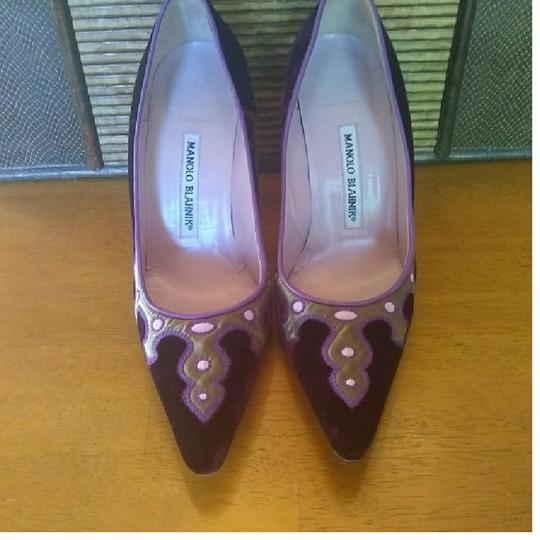 Manolo Blahnik Purple Pumps Image 5